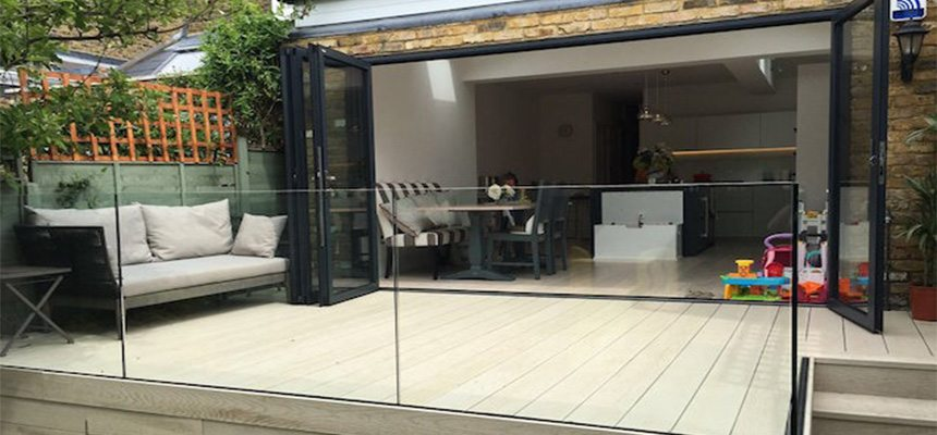 frameless glass balustrade system