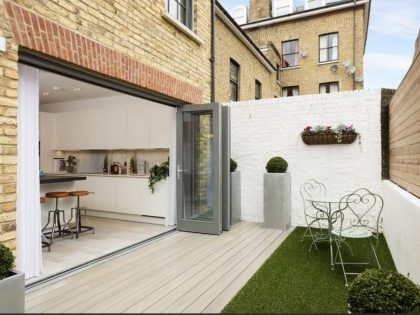 composite decking for apartment back garden